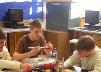 Image Oshkosh West High School Students 2009